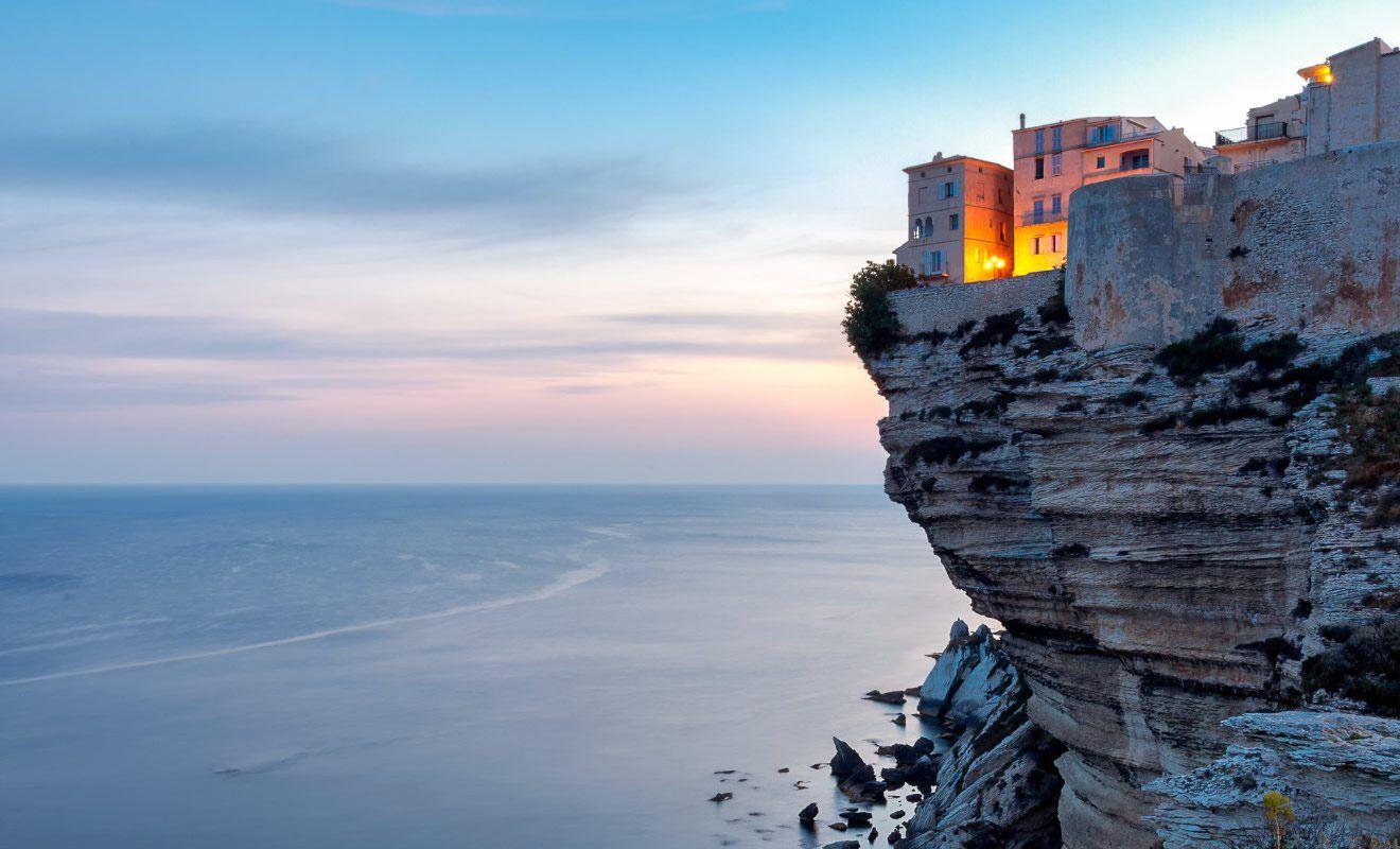 Location van aménagé Corse