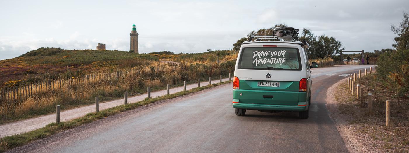 Bretagne mit Kleinbus